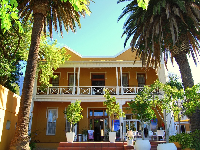 Ashanti Lodge is our main volunteer accommodation base in Cape Town.