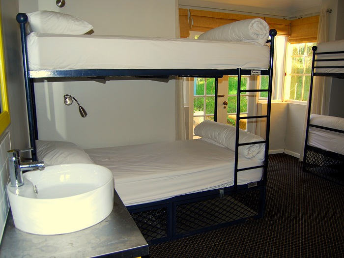 Dormitory accommodation at Ashanti Lodge in Cape Town.