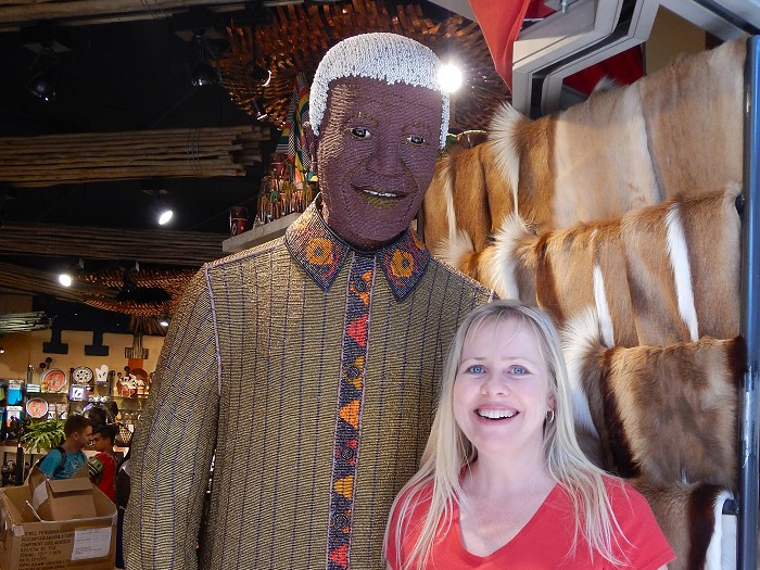 Heather meets Nelson Mandela (the beaded version of him)!