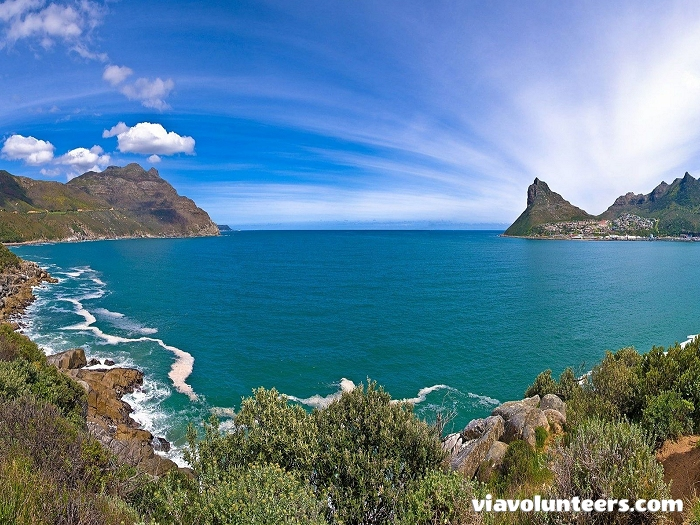 Chapman's Peak Drive winds it way between Noordhoek and Hout Bay on the Atlantic Coast on the south-western tip of South Africa and is one of the most spectacular marine drives in the world.