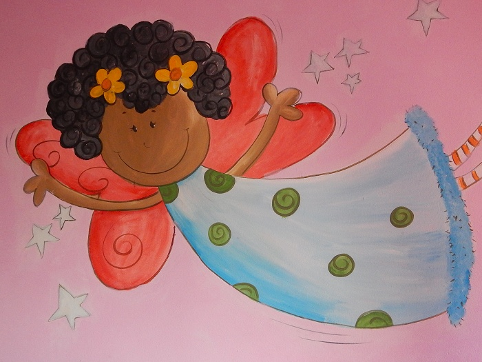 A beautiful mural on one of the bedroom walls.  This was part of their Extreme Makeover by Newkidz.