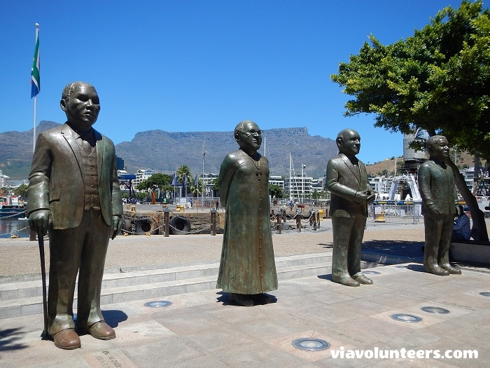 These statues are the central characters of Nobel Square (V&A Waterfront), dedicated to South Africa�s four Nobel Peace Prize laureates: Albert Luthuli, Desmond Tutu, FW de Klerk and Nelson Mandela.
